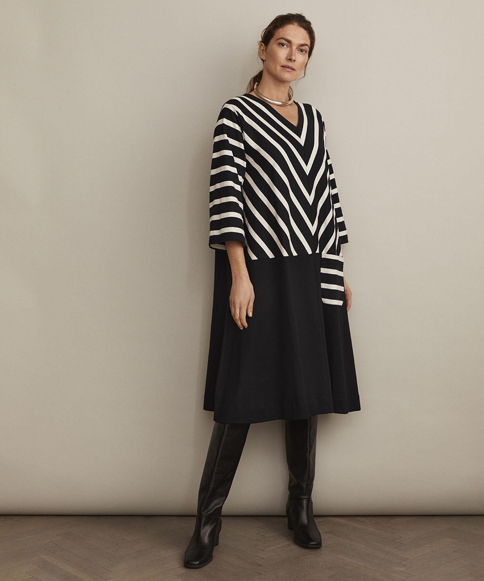 NELENA JERSEY DRESS, Black, hi-res